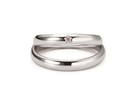 結婚指輪:ピンクレディ 上:RVM6023G ¥108,000- 下:RVM6123 (PD) ¥112,320-