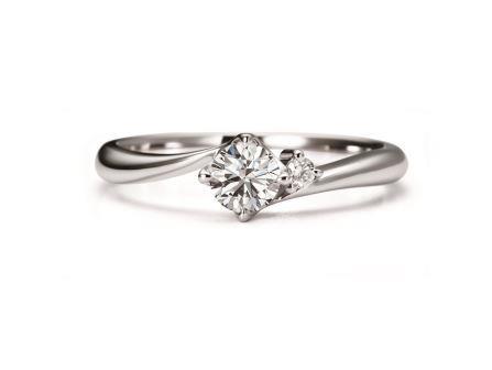 婚約指輪:スターダストレビュー RVE58-03 (WD) ¥105,840-