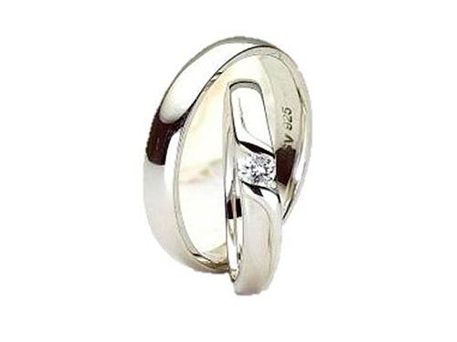 結婚指輪:アイヴェール 30485 Pt WD 1/10 込み ¥147,000