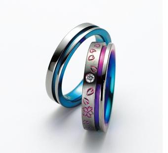 基本のリングに桜の花びらと メレダイヤを