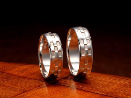 結婚指輪:琉球 いつの世も(平甲5.5mm)Pt900 ¥129,600-