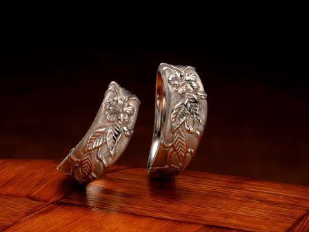 結婚指輪:琉球 赤花(アカバナー)Pt900 ¥162,000-