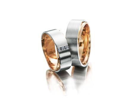 結婚指輪:マイスター ファンタスティックスライン 080 WG/RG750 左:¥530,000- 右:¥420,000-