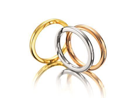 結婚指輪:マイスター クラシックスライン 098 pt950 ¥220,000- YG,WG,RG750 ¥120,000-