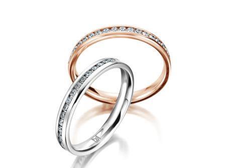 結婚指輪:マイスター シンボリックスライン 101 上:RG750 ¥235,000~ 下:WG750 ¥355,000~