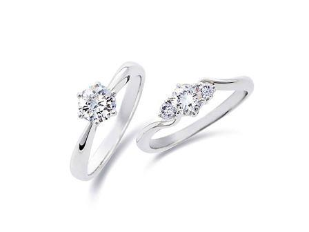 婚約指輪:左:DR-6 Pt900 ¥167,400- 右:DR-54 Pt900 ¥186,840-
