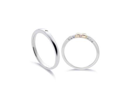 結婚指輪:左:DM-152 Pt900 ¥86,400- 右:DM-153 Pt900/K18 ¥90,720-