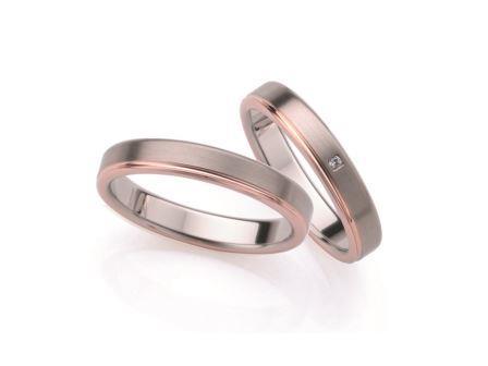 結婚指輪:ローザマーレ 左:20078/3.5 WR750 ¥123,120-  右:4/20078/3.5 WR750/0.008ct ¥129,600-