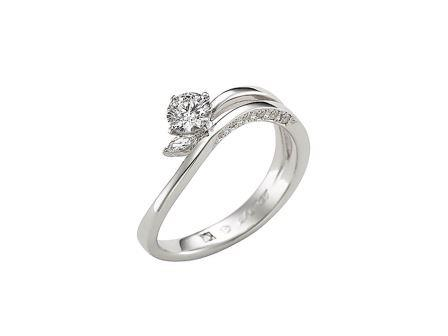 エンゲージリング(婚約指輪)の選び方
