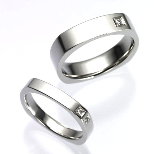 結婚指輪:CYO 614103 フォースクエア5mmポリッシュ(鏡) 612115 フォースクエア3mmポリッシュ(鏡)