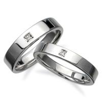結婚指輪:CYO 213103 フラット4mmポリッシュ 212103 フラット3mmポリッシュ