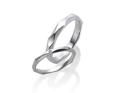 結婚指輪:ファーストインテンション 上:DRGY7006 ¥66,960-  下:DRGY7005 ¥47,520-