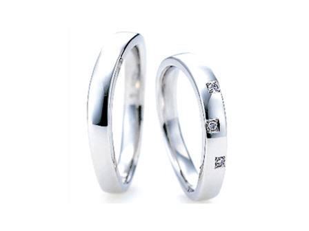 結婚リング: 左:AL15 ¥149,040- 右:AL15 ¥157,680-