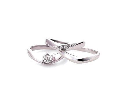 婚約指輪:ソナーレ 左:コモド-天然ピンクダイヤモンド(ER)  上・右:(MR)