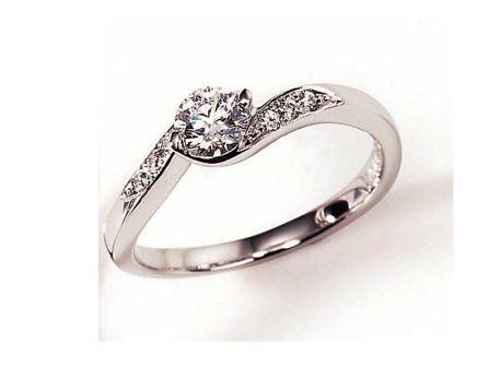 婚約指輪:ソナーレ ポルタート