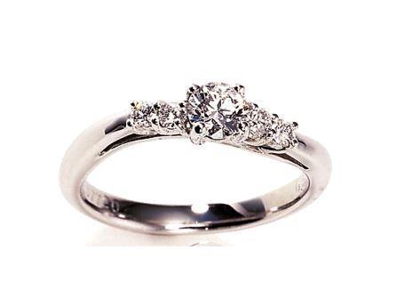 婚約指輪:ソナーレ カルテット