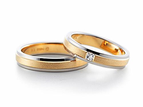 結婚指輪:グラヴィテ GY00102 GY00200