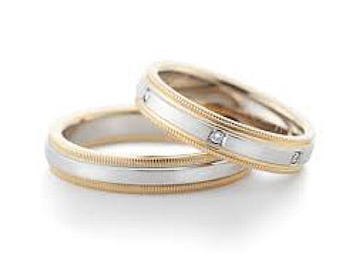 結婚指輪:グラヴィテ GY01902 GY02000