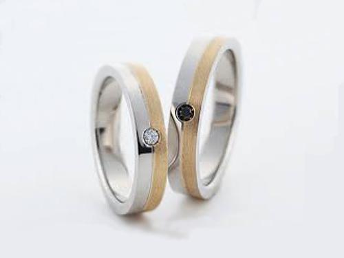 結婚指輪:グラヴィテ GY02102 GY02285