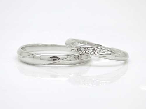 31:福岡で人気 安いK18WG 結婚指輪フルール 左:¥74,304- 右:¥79,596-