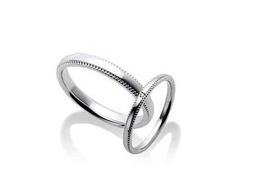 25:福岡で安いファーストインテンション 結婚指輪 Pt505 左:¥56,160- 右:Diamond ¥45,360-