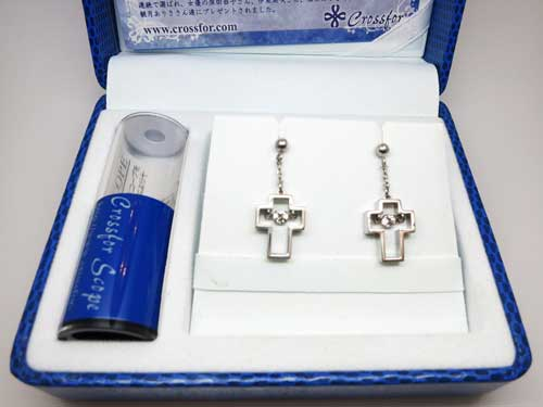 NYE-112 Twinkle Cross 3 ピアス ¥10,800-
