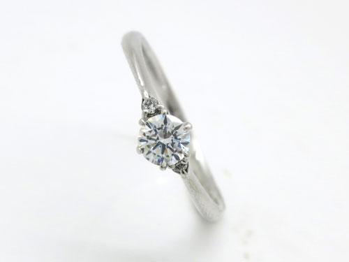婚約指輪:結心 ハードPt900 0.2ct ¥127,980-