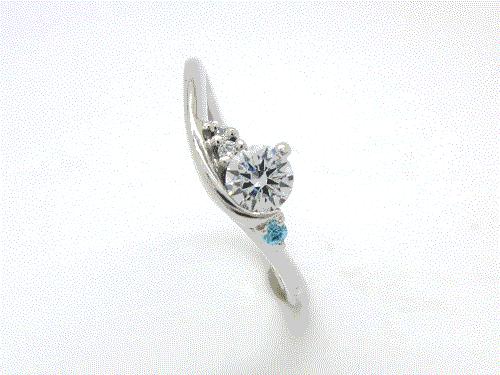 婚約指輪:結心 ハードPt900 0.2ct, 0.01ct×1, 0.008ct×1, 0.005ct×1 ¥150,984-