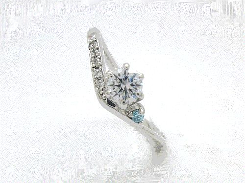 婚約指輪:結心 ハードPt900 0.2ct, 0.015ct×1, 0.005ct×5 ¥150,984-