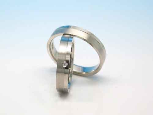 結婚指輪:巧心 Pt900 D - ct ¥133,380- / ¥-