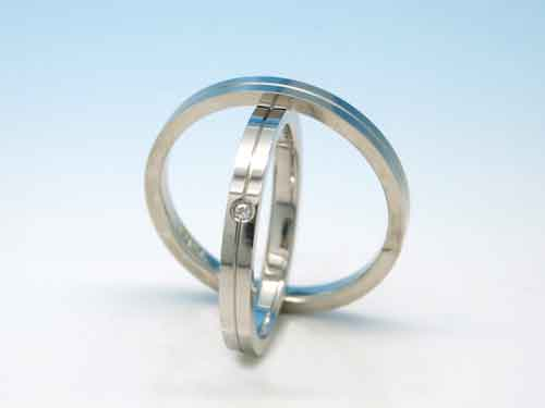結婚リング:巧心 Pt900 D 0.0075ct ¥115,560- / ¥122,148